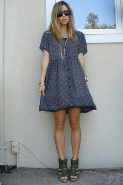 vintage dress - Jeffrey Campbell shoes - H&M necklace