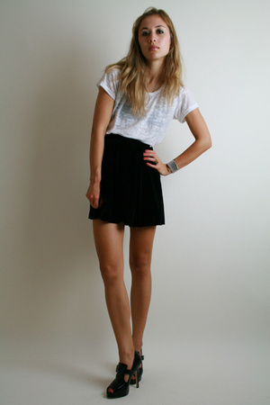 black Treasure Chest vintage skirt - black Forever 21 shoes