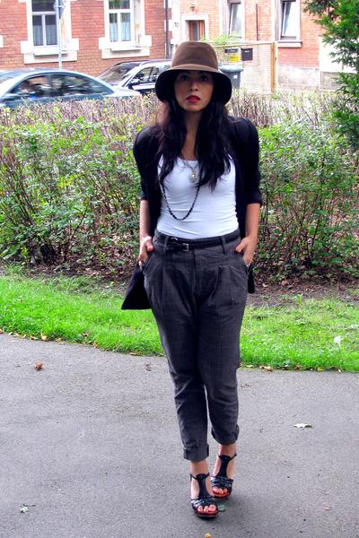 brown vintage market hat - white Only top - black H&M blazer - gray Bershkas pan