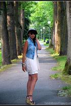 beige h&m divided hat - blue Pimkie vest - pink H&M t-shirt - beige capa de ozon