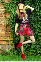red skirt - black hat - black blouse - red wedges - yellow accessories