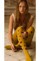 Hearts Print Tights Mustard & Red