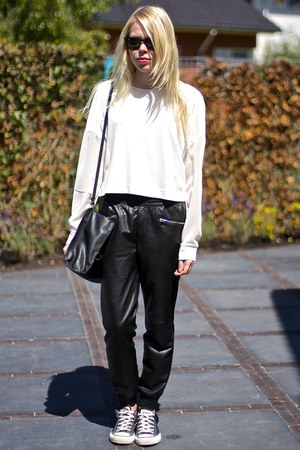 black Zara bag - black ray-ban sunglasses - white mesh sleeves hm jumper
