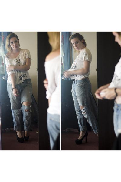 blue unknown jeans - white desigual t-shirt - black pu rubber shoes OASAP pumps