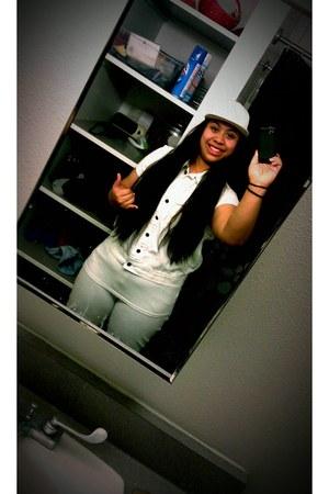 white vest - hat - tee shirt - capris pants
