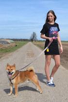 Zara t-shirt - Zara skirt - New Balance sneakers