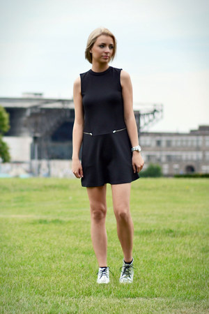 Even & Odd shoes - Zara dress - Marc by Marc Jacobs watch