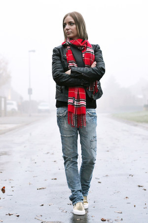 Passigatti scarf - asos shoes - Zara jeans - Mango jacket