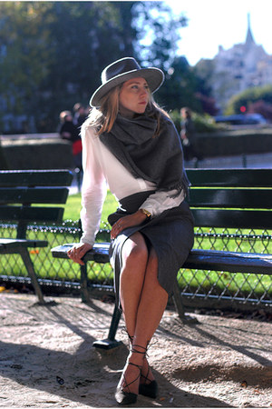 wool Acne Studios scarf - & other stories skirt