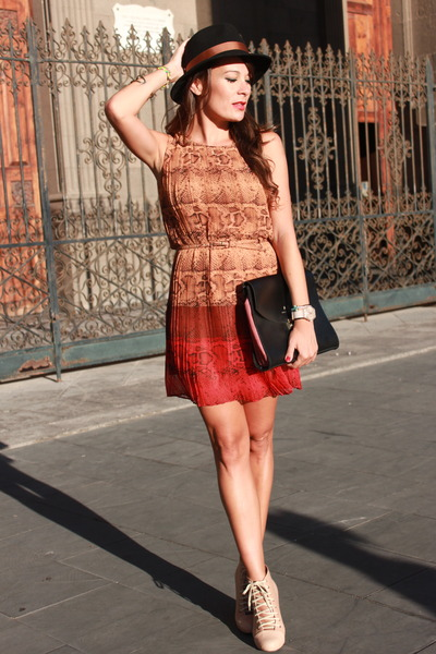 Adolfo Dominguez bag - brick red Adolfo Dominguez dress