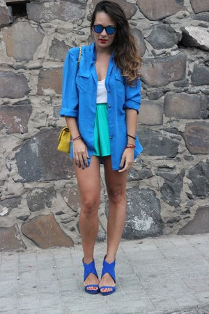 blue vintage shirt - vintage shorts