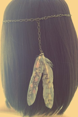 feather print Twigsie Twigs accessories