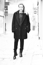 Mango coat - t fabriekske boots - Zara jeans - River Island jumper