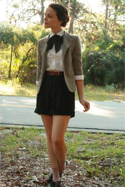 beige thrifted blazer - black Dolce Vita shoes - black vintage thrifted shorts