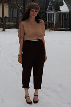 red franco sarto shoes - red thrifted pants - beige thrifted shirt - beige thrif
