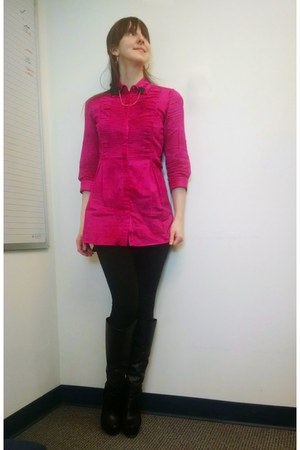 hot pink tunic length blouse - black accessories
