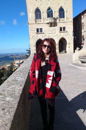 red Zara coat - black boots - camel Terranova jumper - black Stradivarius pants