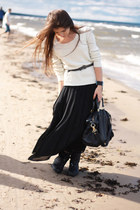 black vintage skirt - black Zara boots - ivory Zara sweater - black Zara bag