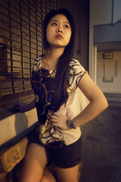 print scarf blouse
