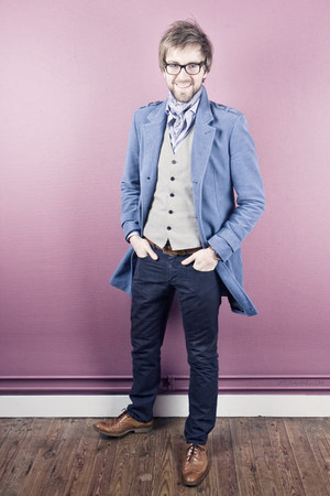 Matinique vest - lion shoes - WE fashion coat - Spadari shirt - Matinique pants