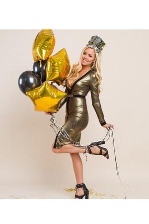 gold UrbanOG dress - black UrbanOG heels