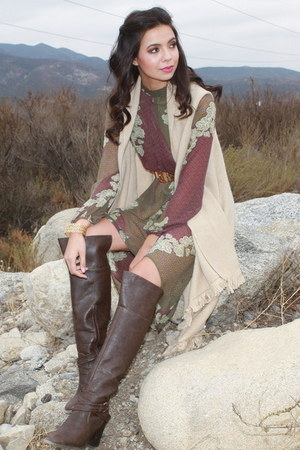 beige UrbanOG vest - dark brown UrbanOG boots - puce UrbanOG dress