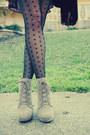 Kimichi-blue-dress-ecote-boots-vintage-silk-scarf-scarf-ecote-bag
