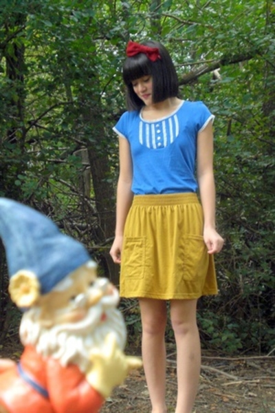 handmade accessories - H&M shirt - American Apparel skirt - dont know shoes