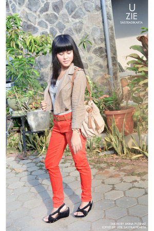 carrot orange TRF pants - tan Summers blazer - beige vintage bag - ivory top
