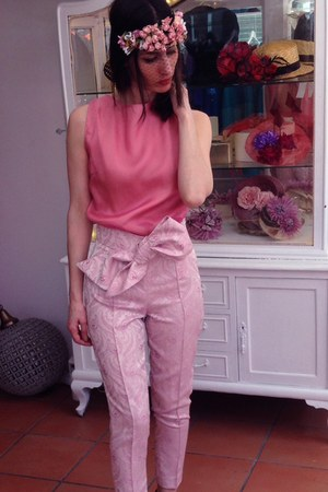 bubble gum Boüret accessories - bubble gum Boüret top - bubble gum Boüret pants