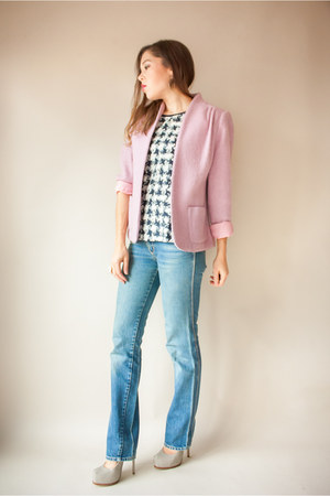 light pink Viral Threads Vintage jacket - light blue vintage jeans