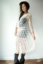 white vintage from VIRAL THREADS dress