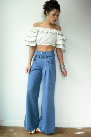 white ruffle crop Viral Threads blouse - periwinkle wide leg Anthropologie pants