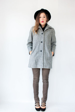 heather gray herringbone vintage coat - black turtleneck American Apparel shirt