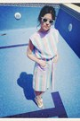 Light-blue-vintage-dress-dress-white-rayban-sunglasses