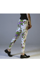 White-betsey-johnson-leggings
