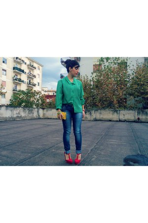 vintage shirt - no brand jeans - no brand bag - Kammi heels