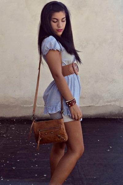 Dodo bracelet - cliche bracelet - Kammi bag - Bershka shorts