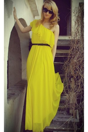 yellow BSB dress - clutch Zara bag