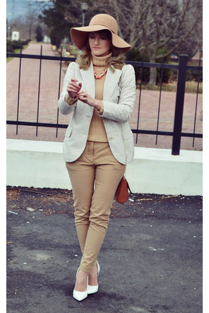 Massimo Dutti sweater - Hugo Boss blazer - Bershka bag - Zara pants