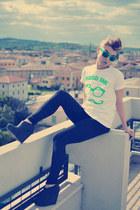 wedges lace-ups ASH wedges - black leggings - neon printed Moodzero shirt