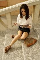 vintage blouse - skirt - Aldo shoes - neiman marcus wallet