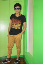 leopard print mundo shoes - bench pants - Oxygen t-shirt