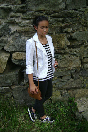 white XOXO blazer - black H&M shirt - brown Tignanello purse - pacific sunwear j
