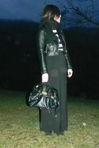 black faux leather H&M jacket - black alexa Mulberry bag - black striped t-shirt