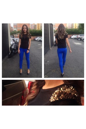 Tennis t-shirt - electric blue Styloide pants - Melissa pumps