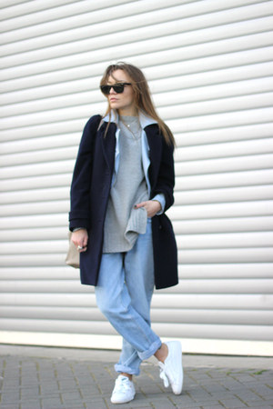 blue Levis jeans - navy oversized jaeger coat