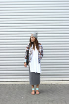 heather gray brandy melville hat - periwinkle Alpha Industries jacket