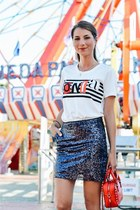 red leather bag bag - white cotton tee t-shirt - blue sequins skirt Mango skirt
