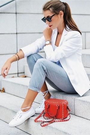 white white blazer Zara blazer - red ruckstud bag bag - white sneakers sneakers